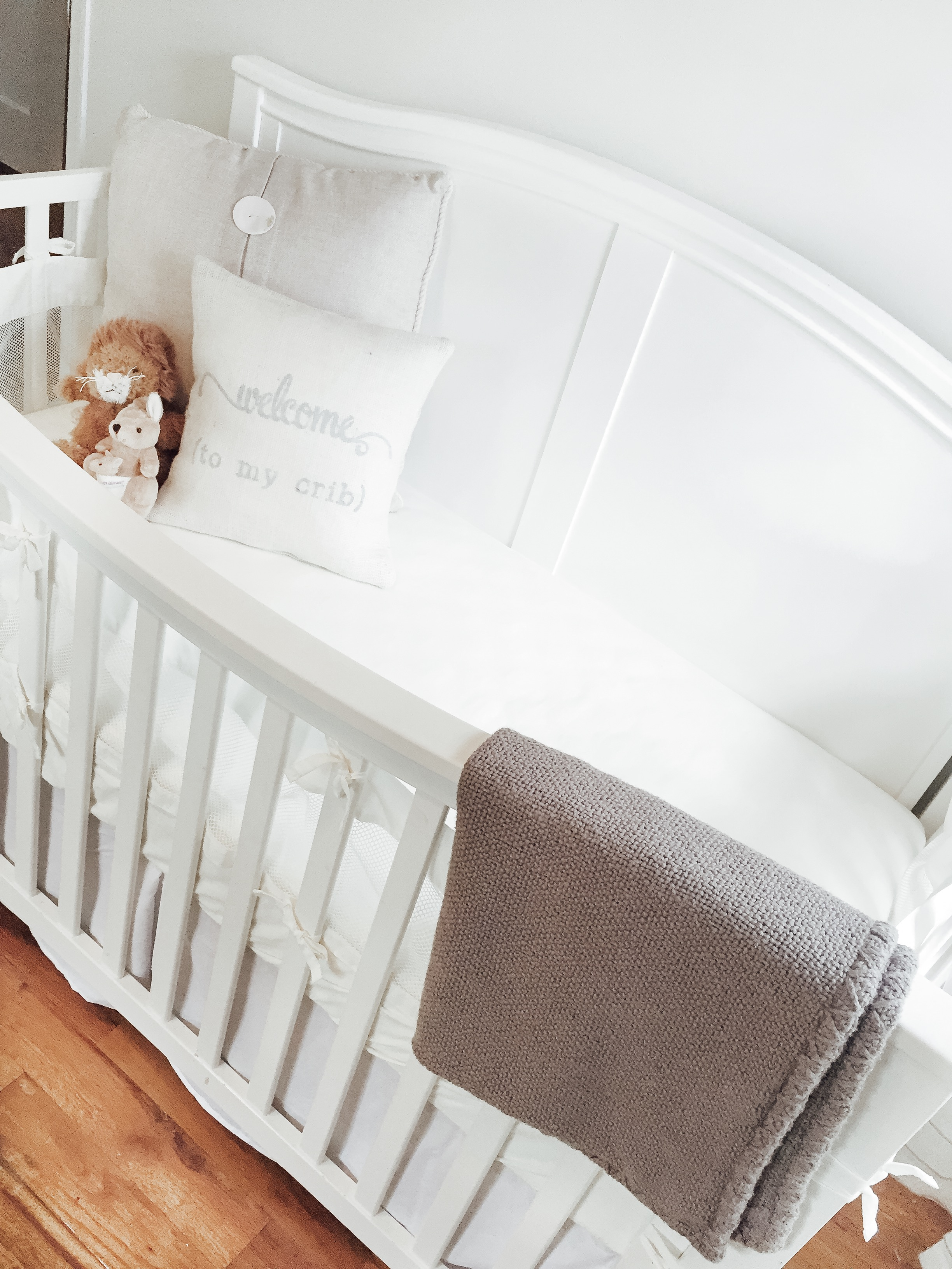 White Crib in Neutral Nursery