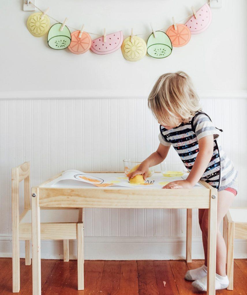 Lemon Stamping for Preschoolers